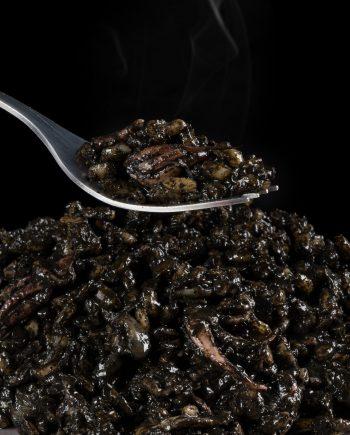 arroz-negro-con-chipirones